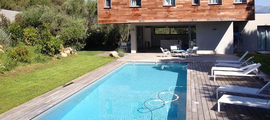 Louez une maison avec piscine en Corse
